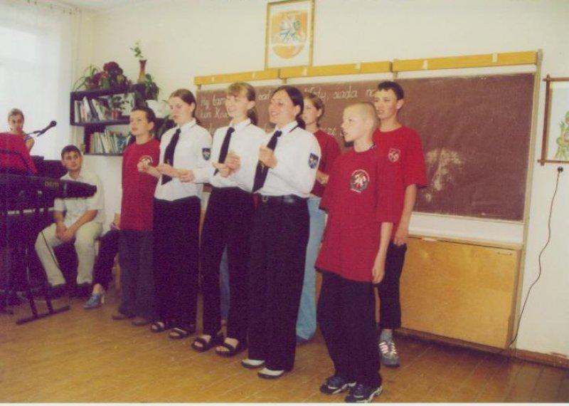 trakai-su-gangway-2003