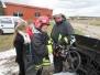 Šilalės Jaunieji ugniagesiai gelbėtojai gesino degantį automobilį